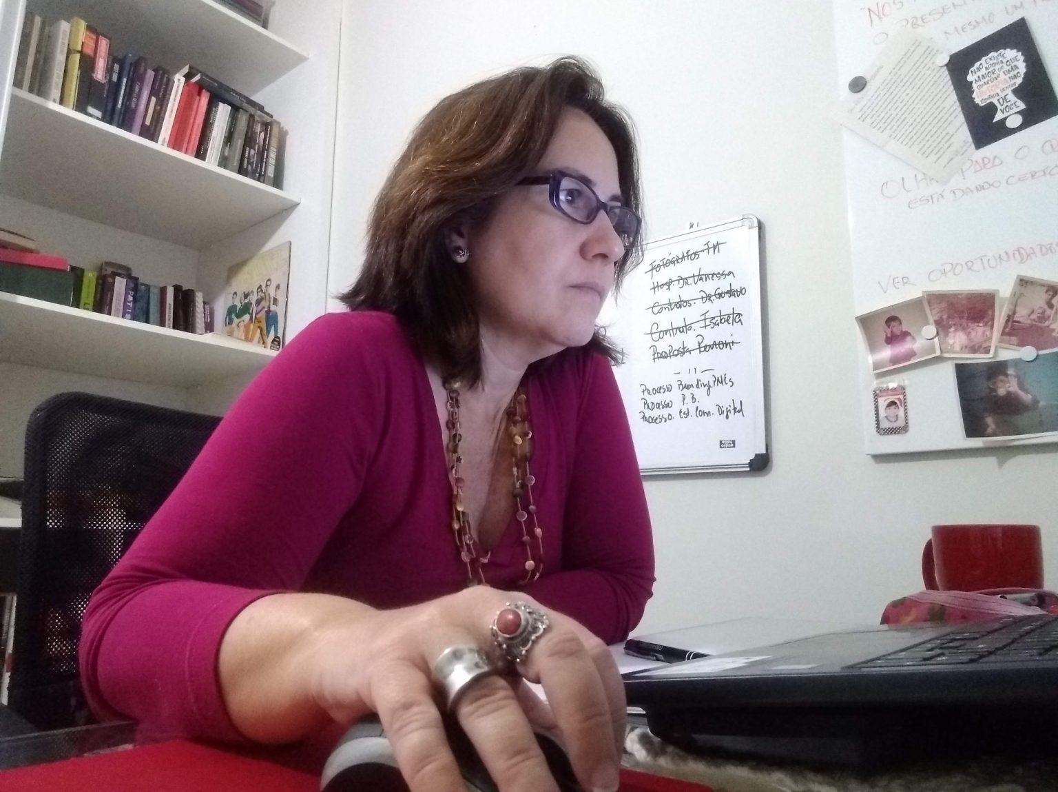 Patricia Canarim 20 escritório em casa